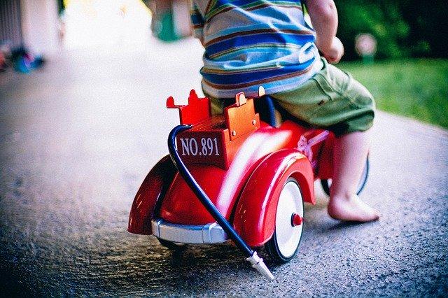 jaki pojazd dla dziecka będzie odpowiedni?