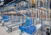 Plastikowe pojemniki do transportu i magazynowania towarów